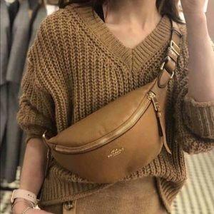 🥰HP🥰 COACH Belt Bag / Fanny Pack Light Saddle